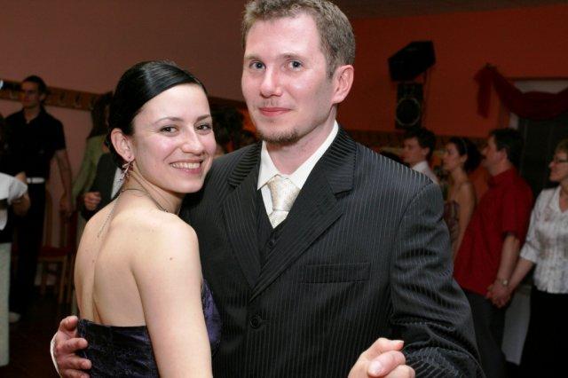 lenka{{_AND_}}peter greplovci - moj manžel s kamoškou ivonkou už čoskoro nevesta