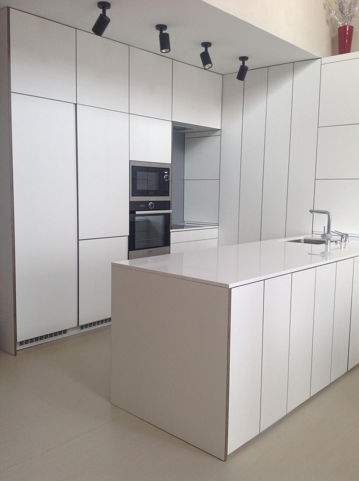 Kuchyna + detail hranovacky - Obrázok č. 1