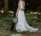 Boho svatební šaty s hlubokým výstřihem na zádech, 38