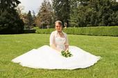 princeznovské svatební šaty s bohatou sukní, 38
