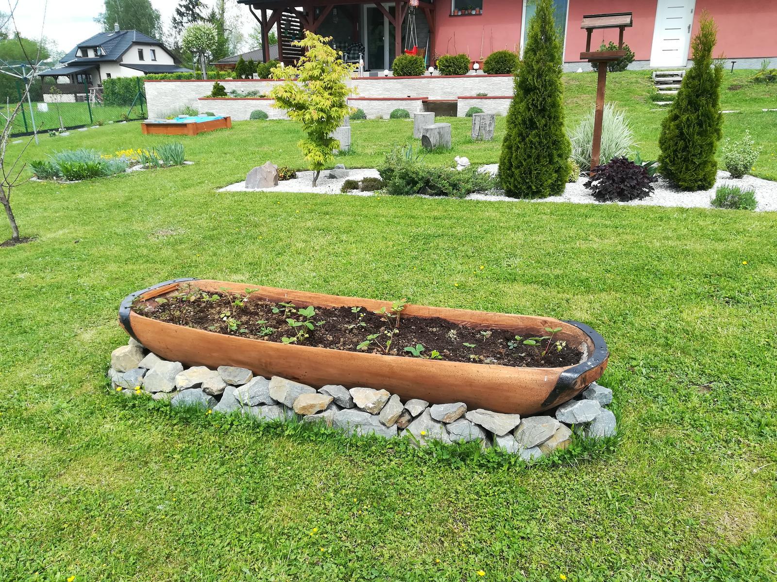 Budujeme zahradu, jak jde čas, - Obrázok č. 82