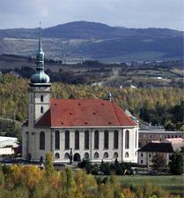 Tak toto bude místo činu :-) Mostecký kostel.
