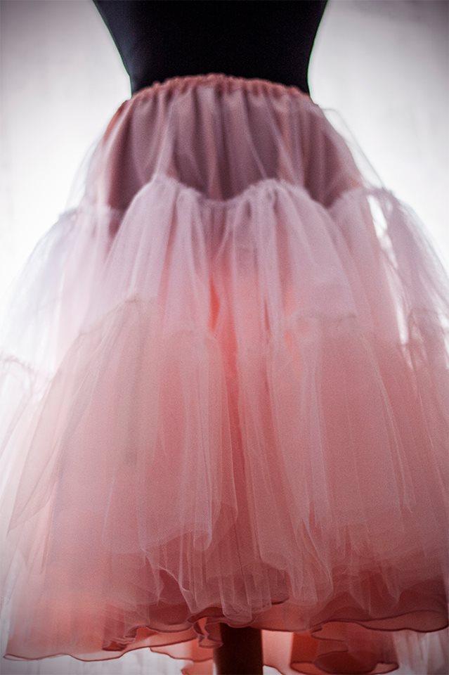 peter_a_lucia - Krásna staroružová spodnica