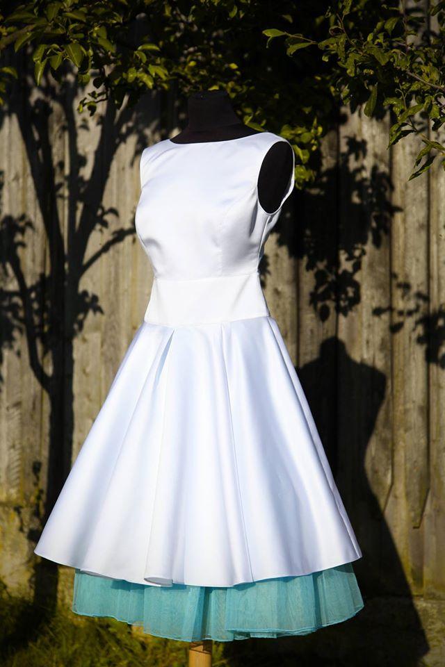 peter_a_lucia - Krátke svadobné šaty s tyrkysovou spodnicou