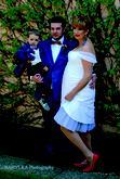 Krátke svadobné šaty pre tehotnú nevestičku