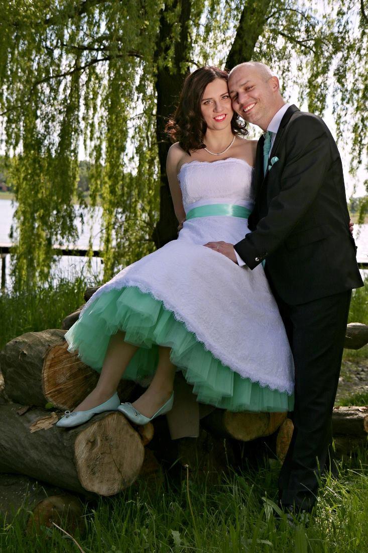 peter_a_lucia - Mentolová spodnica pod krátke svadobné šaty