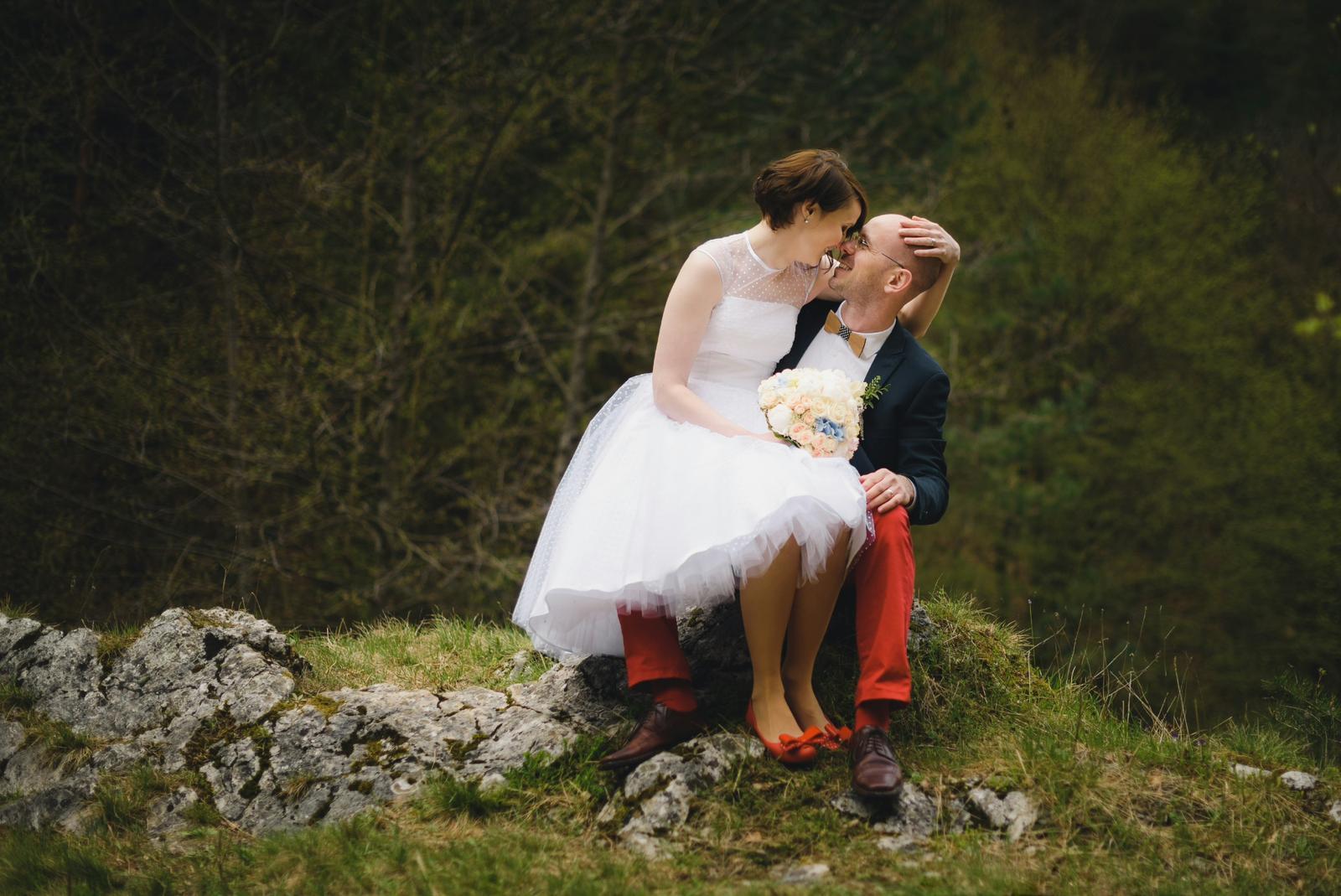 peter_a_lucia - Krátke svadobné šaty s bodkovaným tylom