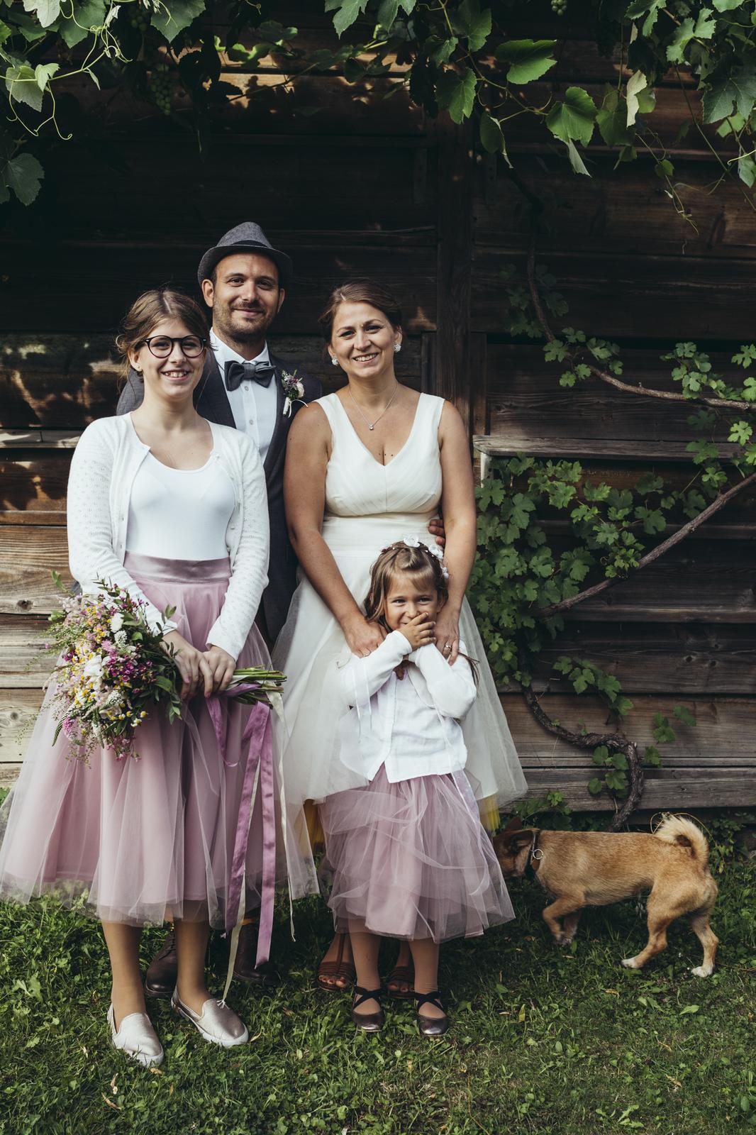 peter_a_lucia - Krátke svadobné šaty s farebnou spodnicou, tylové Lo-OK sukne pre družičky