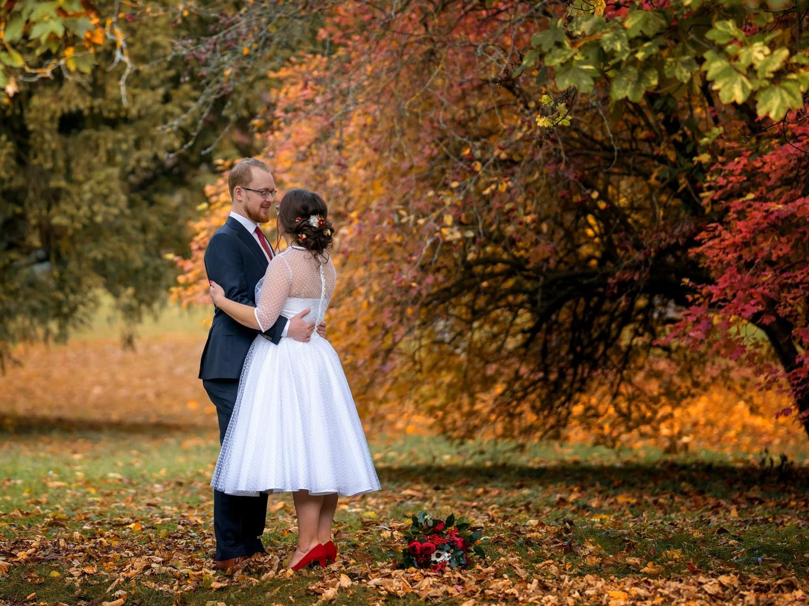 Daniela a jej krátke svadobné šaty a super referencia ❤ - Obrázok č. 5