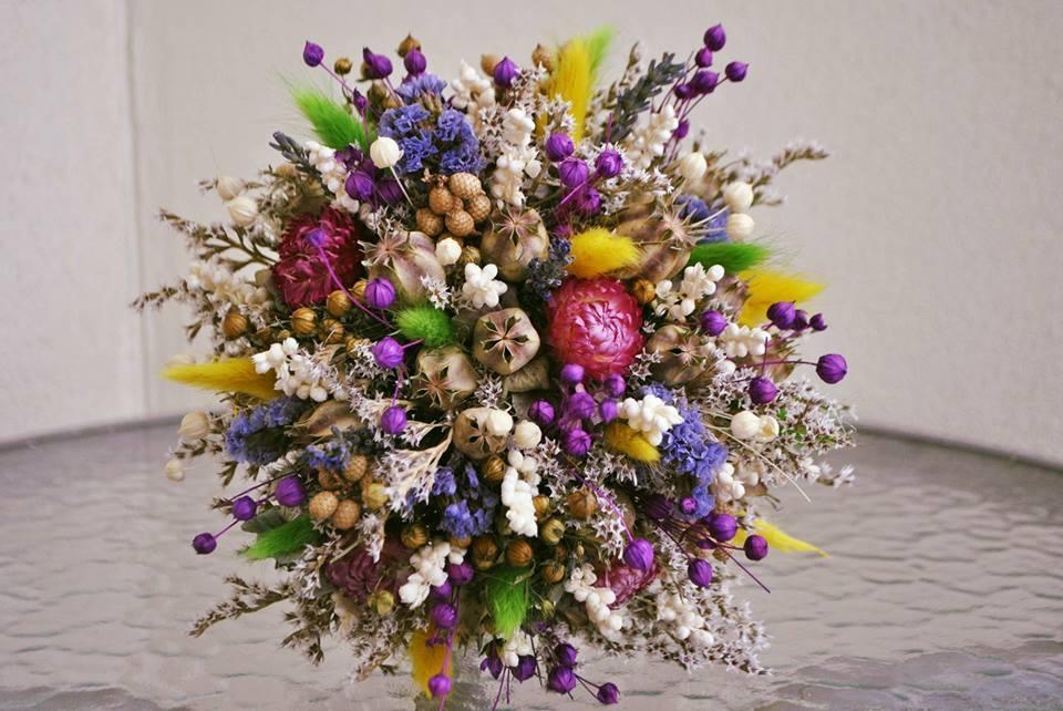 @leanice áno aj kvetinky... - Obrázok č. 1