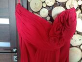 Spolocenske  šaty , 38