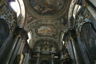 tak to je on najkrajši kostol v Bratislave