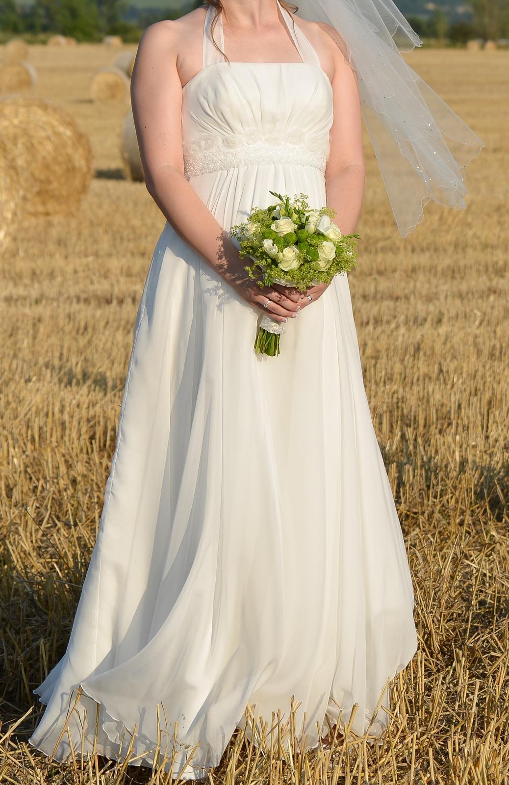 Svadobné šaty so závojom i pre tehotné - Obrázok č. 1