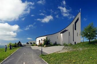 čarovný kostolík
