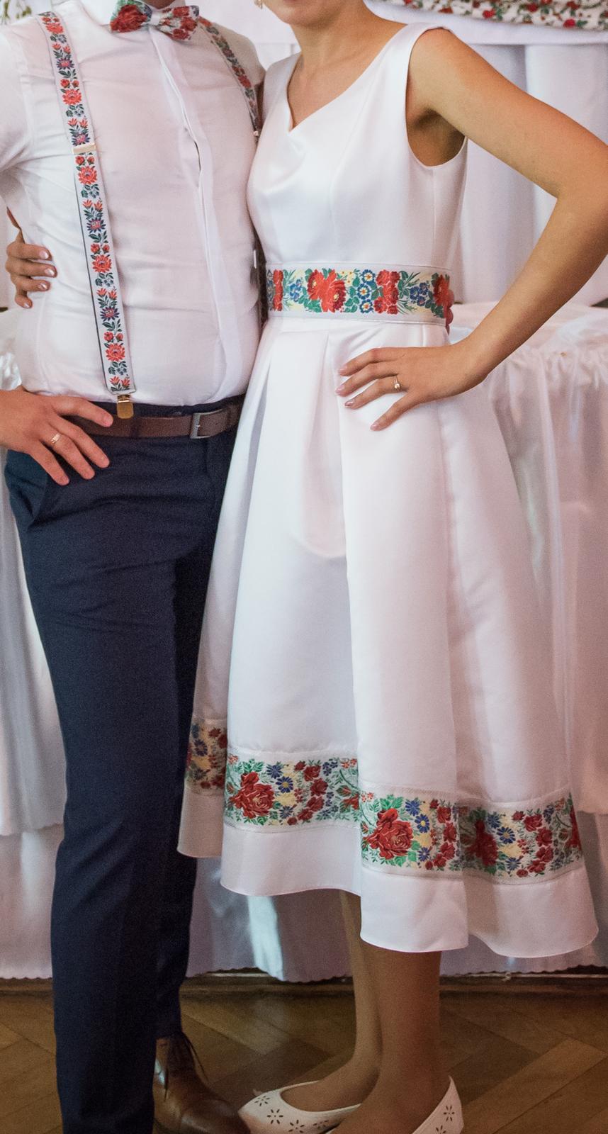 Svadobné alebo popolnočné jedinečné folklór šaty  - Obrázok č. 2