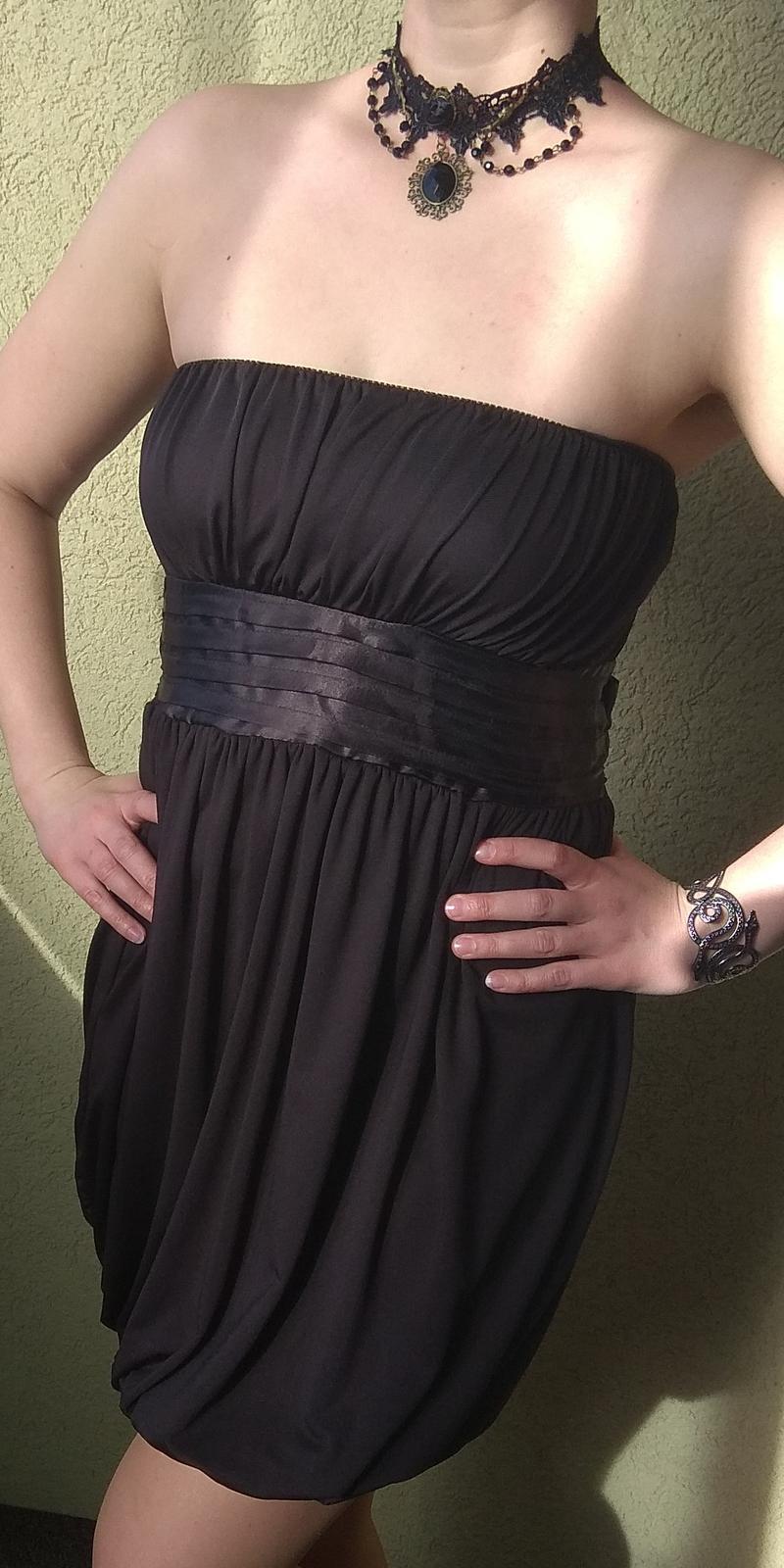 Černé společenské šaty s mašlí - Obrázek č. 1