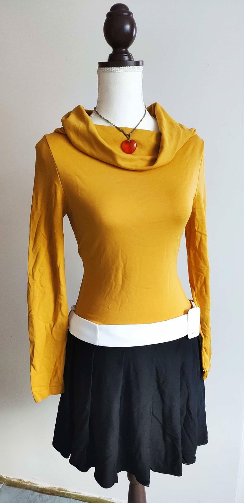 Žlutočerné šaty v retro stylu - Obrázek č. 1