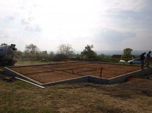 připraveno na betonování desky 23042009
