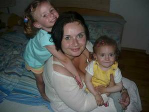 Esterka Eli+maminka+Marianka Lea