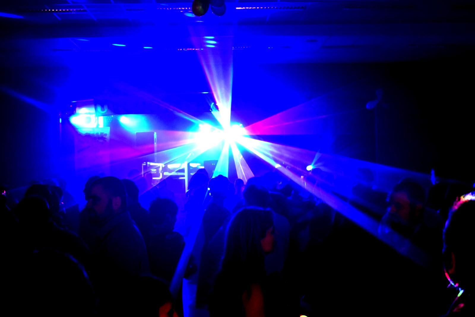 Štístko MUSIC - Profesionální hudební skupina (kapela) nebo DJ na vaši party !!! - Obrázek č. 4