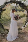 Svatební krajkové boho šaty s dlouhým rukávem, 40