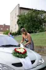 srdce na auto nevěsty