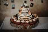 Dřevěný podnos pod dort - průměr 50 cm,