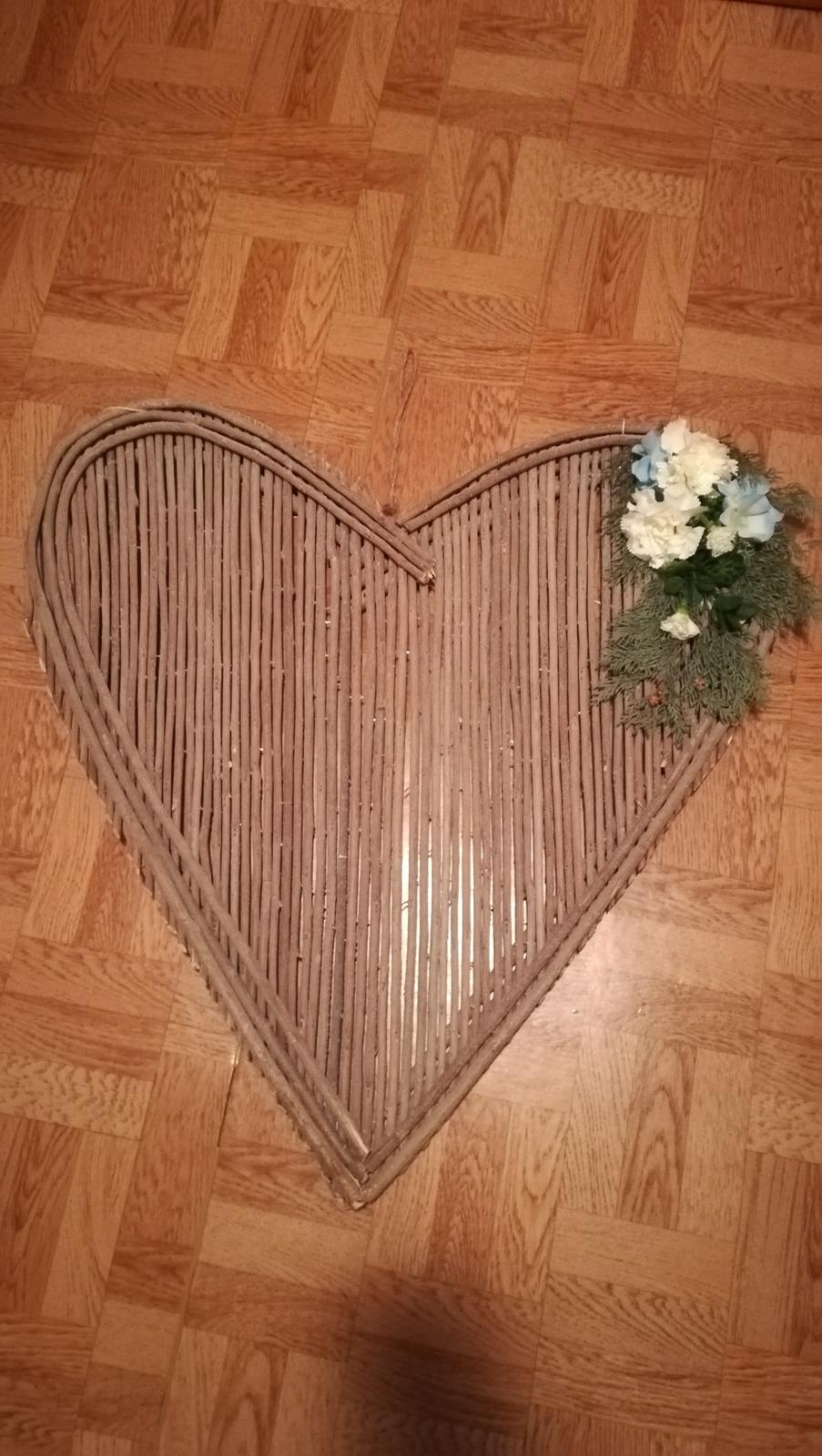 Velke srdce z konarikov - Obrázok č. 1