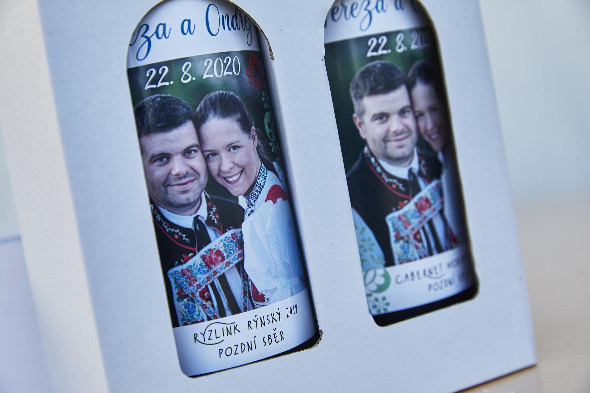 Naše slovácká svatba - Svatební vína pro hosty :)