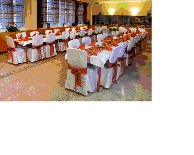 Priprava svadby - vyzdoba hostiny