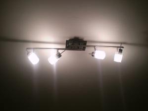 lampa v spalni