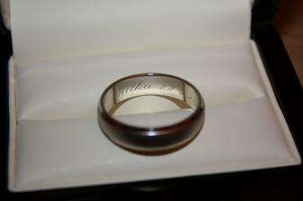 gravir mame meno a datum svadby....