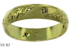 naše prstýnky můj z bíleho zlata