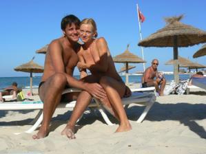 na svatební cestě na Djerbě,jediná fotka na které jsme spolu.