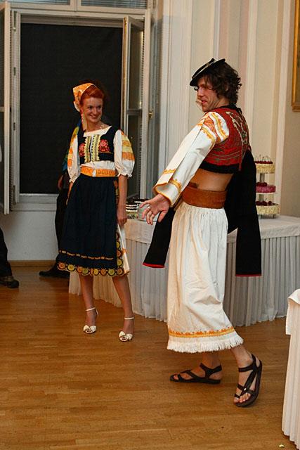 Adela{{_AND_}}Juraj - v detvianskych krojoch