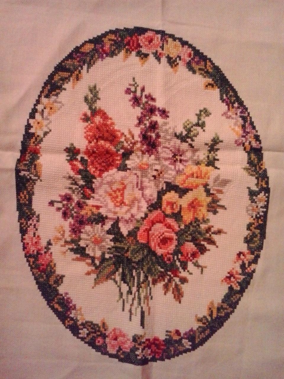Vyšív.obraz kytica kvetov - 38x28 - Obrázok č. 1