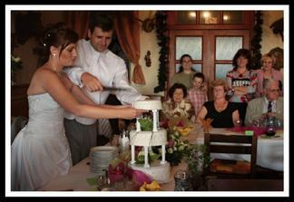 Tento vynikající dort upekla maminka ženicha