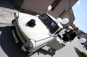 vůz pro ženicha
