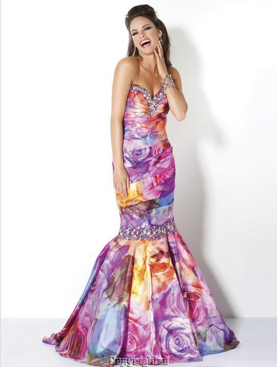 Fantázia farieb (spoločenské šaty) - Obrázok č. 96