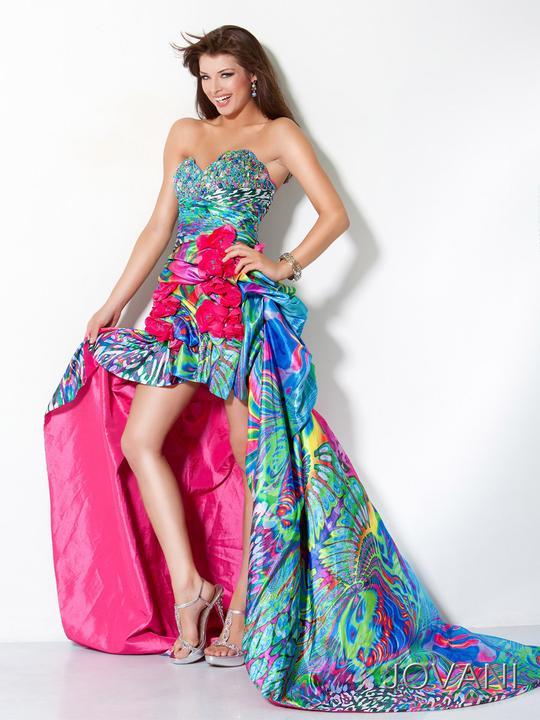 Fantázia farieb (spoločenské šaty) - Obrázok č. 97