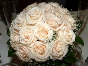 moja vysivaná svadobná kytica