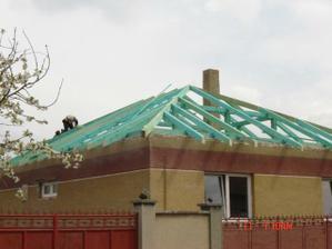 Takmer dokončený krov