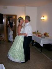 nas prvni tanec coby manzele