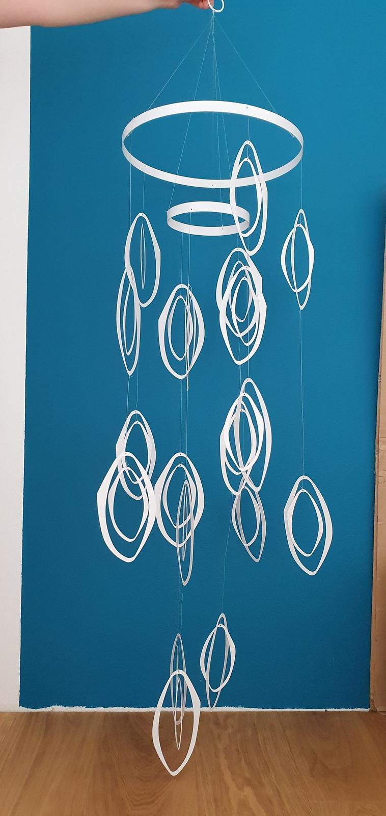 Závesná kovová dekorácia - Obrázok č. 1