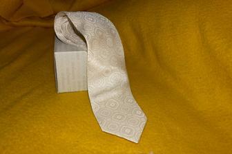 kravata pro něj