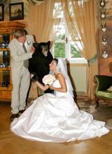 vysvobození spárů obrovského medvěda :)