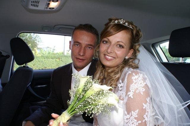 Eva Drinková{{_AND_}}Marcel Čechvala - V aute na ceste na hostinu