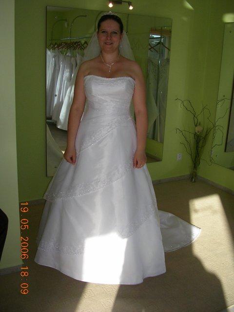 Nasa svadba 24.6.2006 - moje saty