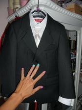 Pro našeho malého...oblek je krásný a opravdu kvalitní, až jsem byla překvapená:))