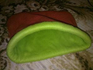 Tak takové fusáčky na spinkání jim šije moje babička :)